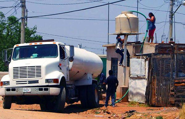 Colonias pobres, víctimas eternas del colapso del agua en Chihuahua
