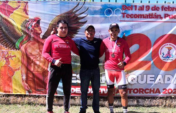 Gana presea para Puebla, ciclista Izucarense