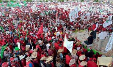 CRÓNICA   Espectacular y exitoso cierre de campaña de Tolentino