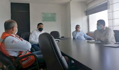 Líderes antorchistas se reúnen con directivos de la SCT para continuar proyectos de pavimentación