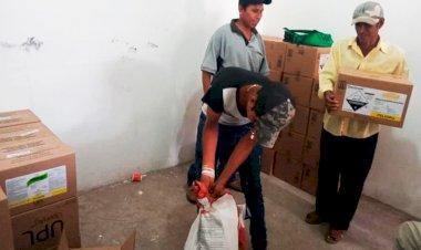 Reciben insumos agrícolas pequeños productores de maíz de Copalillo