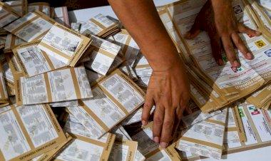 Partidos políticos, sin respaldo social y dinero tirado a la basura