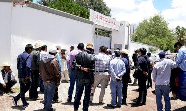 Urgen campesinos a Sader apoyos para el campo de Mezquital