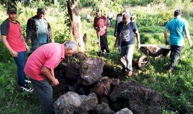 Colonos de la Manuel Serrano realizan faena dominical