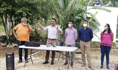 Líder antorchista realizó fructífera visita a colonos de la Unidad Antorchista