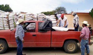 Gestiones Antorchistas benefician a más de 50 productores